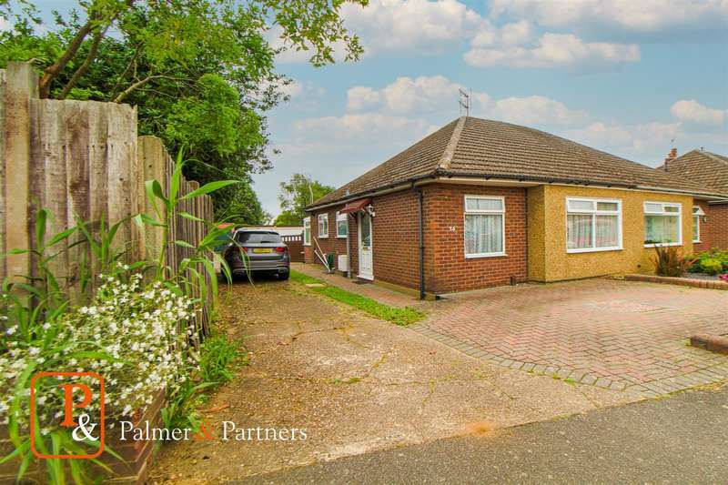 2 Bedrooms Bungalow for sale in Rose Avenue, Stanway, Colchester, CO3