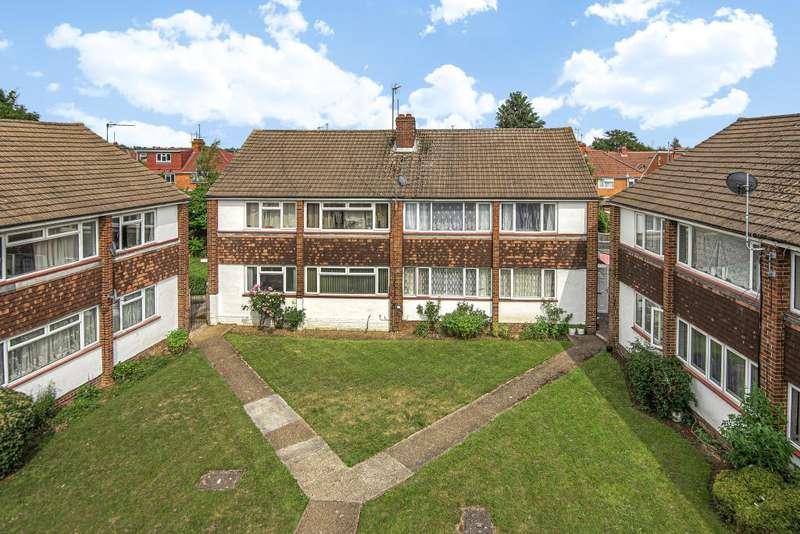 2 Bedrooms Maisonette Flat for sale in Slough, Berkshire, SL1
