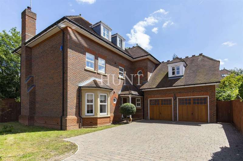 6 Bedrooms Detached House for sale in Regents Drive, Repton Park, Woodford Green, Essex