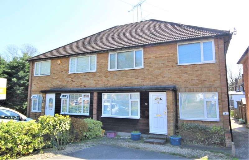 2 Bedrooms Property for sale in Wash Road, Hutton, Brentwood