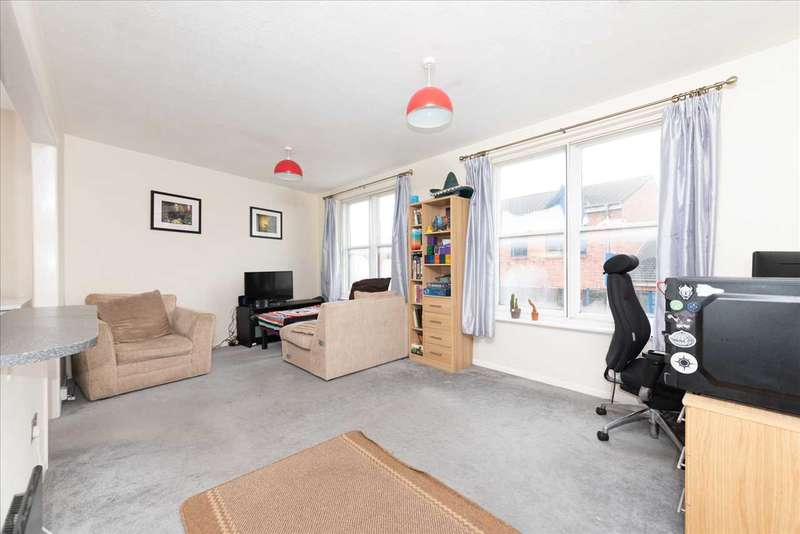 1 Bedroom Flat for sale in Napier Road, Crowthorne