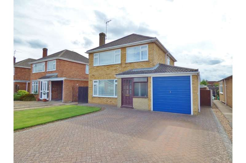 3 Bedrooms Detached House for sale in Welbeck Drive, Spalding, Lincolnshire