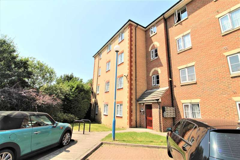 2 Bedrooms Flat for sale in Arncroft Court, Creekmouth