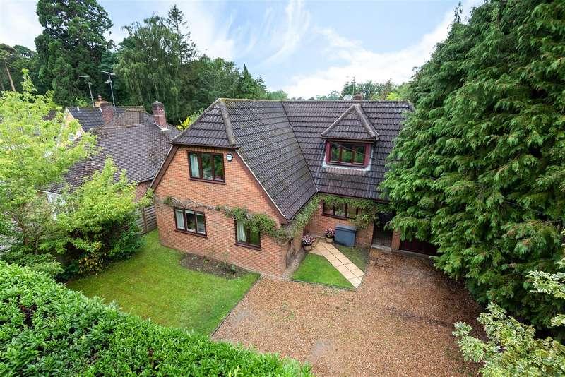 4 Bedrooms Detached House for sale in Woodlands Avenue, Winnersh, Berkshire, RG41 3HL