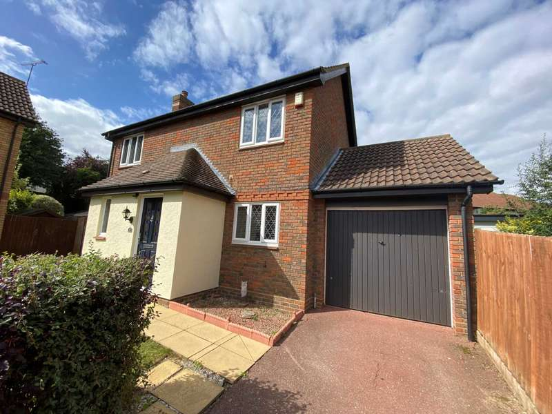 3 Bedrooms Detached House for sale in Froden Close, Billericay