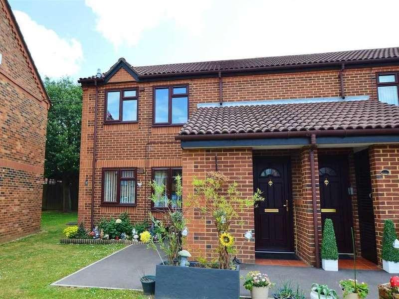 1 Bedroom Apartment Flat for sale in Topaz Close, Cippenham
