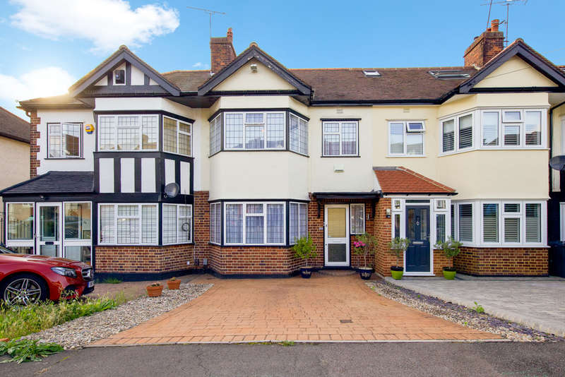 3 Bedrooms Terraced House for sale in Westview Drive, Woodford Green