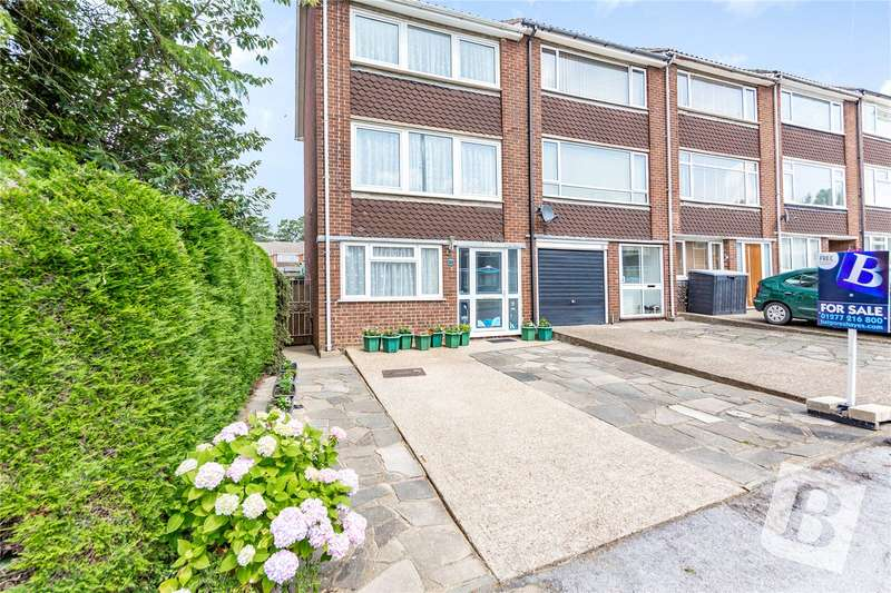 3 Bedrooms End Of Terrace House for sale in Mayfield Gardens, Brentwood, Essex, CM14