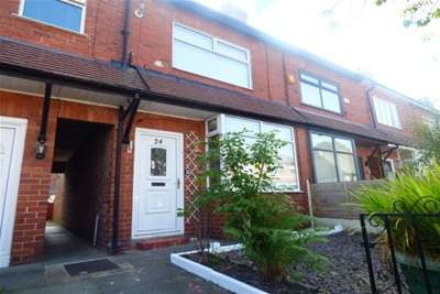 2 Bedrooms House for rent in St. James Avenue, Bury