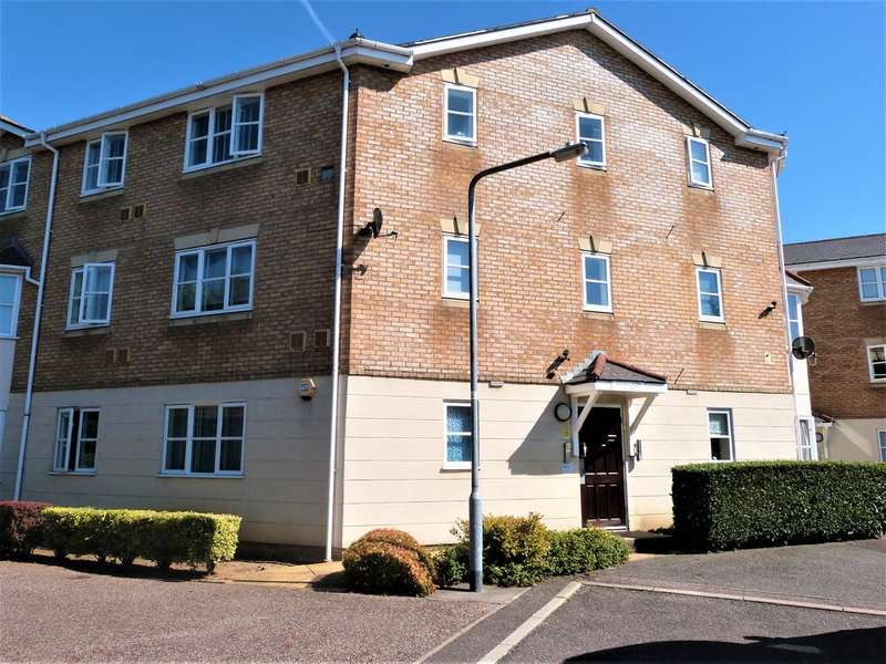 2 Bedrooms Flat for sale in Foxwood Chase, Waltham Abbey