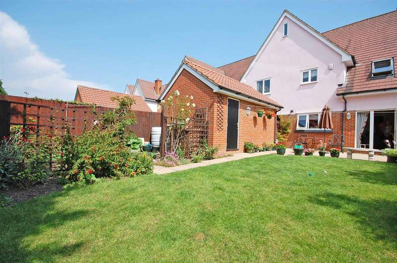 4 Bedrooms Terraced House for sale in Main Road, Great Leighs, Chelmsford