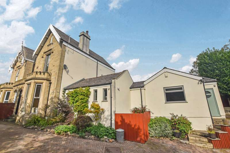4 Bedrooms Property for sale in Manchester Road, Bury