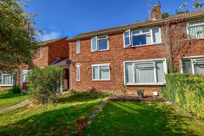 1 Bedroom Maisonette Flat for sale in Decies Way, Stoke Poges, Slough, SL2