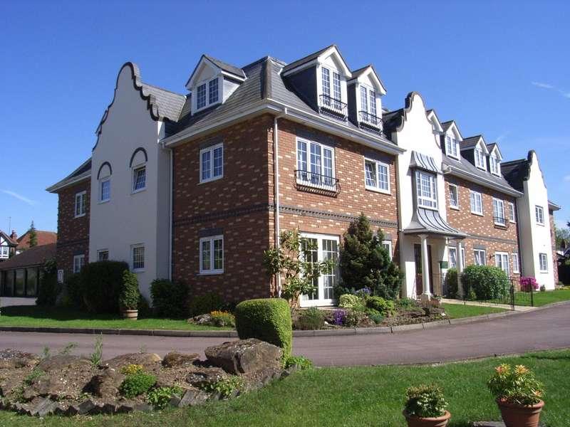 1 Bedroom Retirement Property for sale in Cumberland Lodge, Pegasus Court, Park Lane, Reading