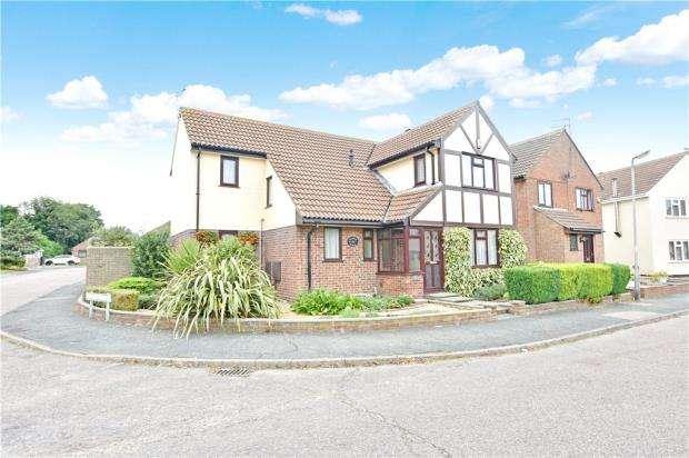 4 Bedrooms House for sale in Neasden Avenue, Clacton-on-Sea