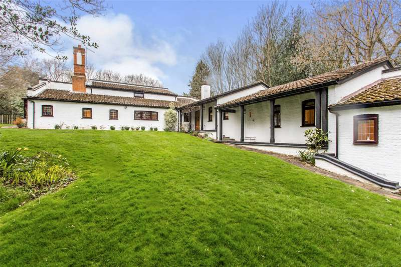 5 Bedrooms House for sale in Weald Road, South Weald, Brentwood, Essex
