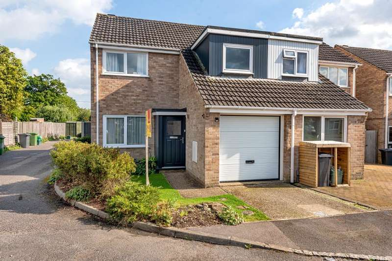 3 Bedrooms Semi Detached House for sale in Thatcham, Berkshire, RG18