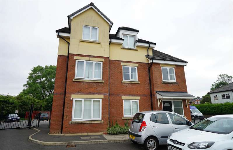 2 Bedrooms Apartment Flat for rent in Beaumont Rise, Deane, Bolton