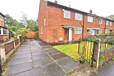 2 Bedrooms House for rent in Maitland Avenue, Chorlton