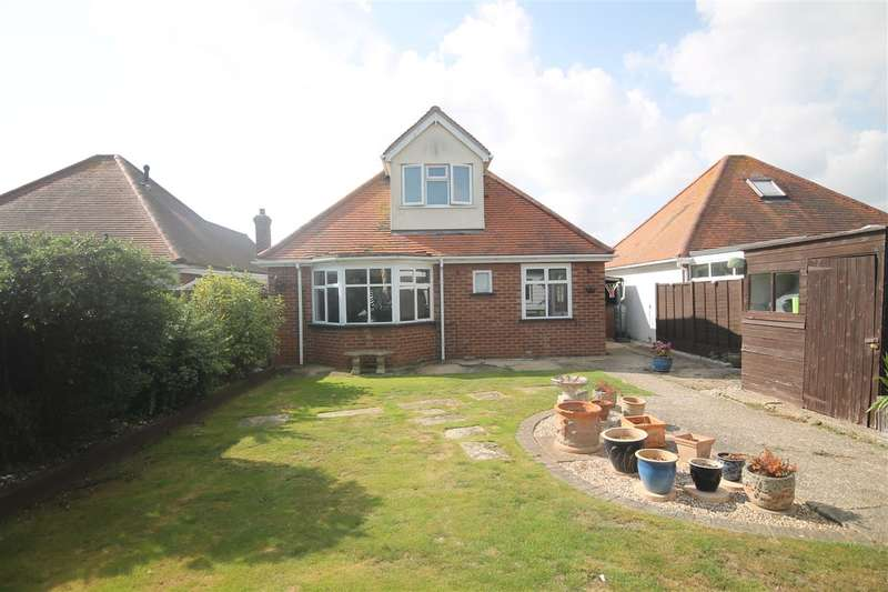3 Bedrooms Bungalow for sale in Seafront Side, Holland on Sea