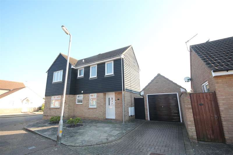 2 Bedrooms Maisonette Flat for sale in Camellia Crescent, Clacton-on-Sea