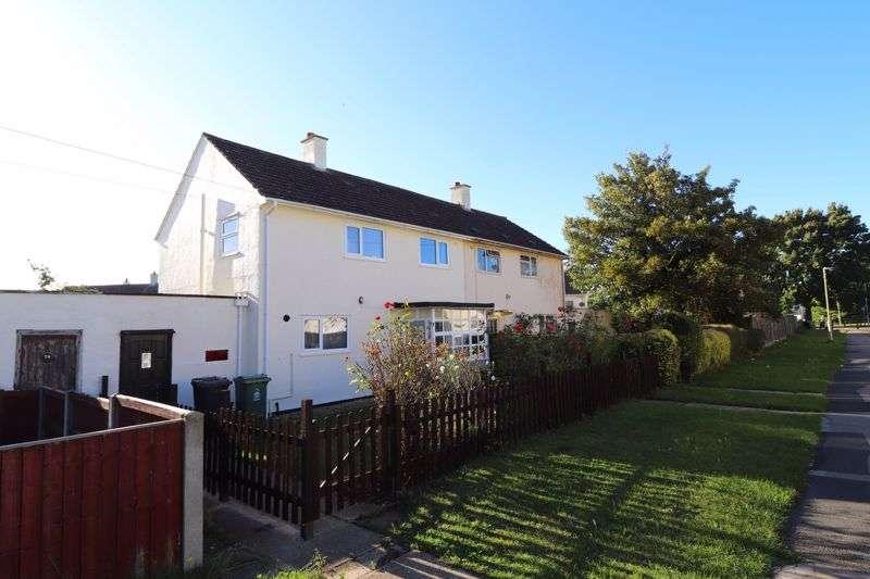 3 Bedrooms Property for rent in Elmleaze, Gloucester