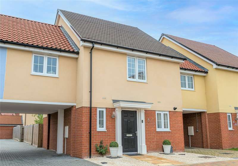 3 Bedrooms Semi Detached House for sale in Charles Crescent, Rochford, SS4