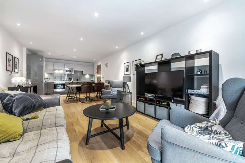 2 Bedrooms Flat for sale in Gaol Ferry Steps, Bristol, BS1