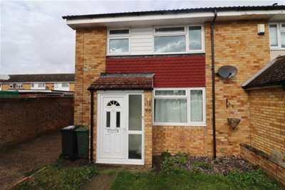 3 Bedrooms House for rent in Alan Road, Witham