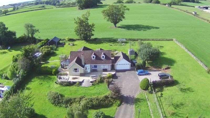 5 Bedrooms Property for sale in Etloe, Blakeney
