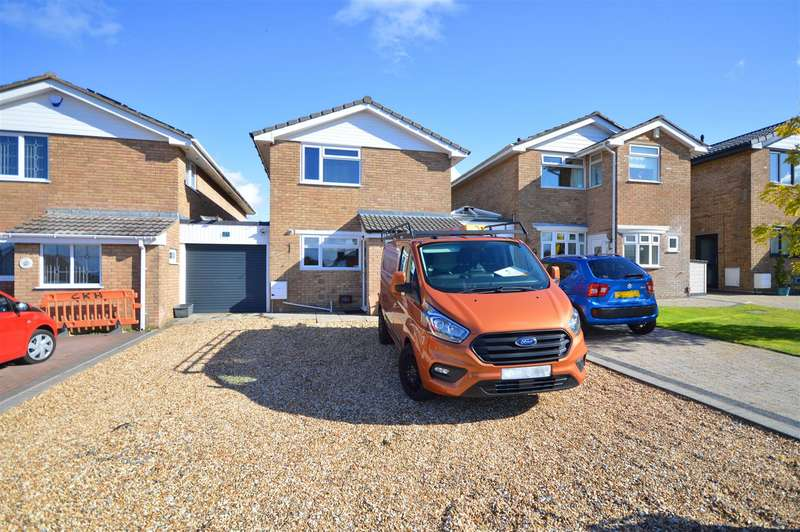 3 Bedrooms Link Detached House for sale in Dakota Drive, Whitchurch, Bristol