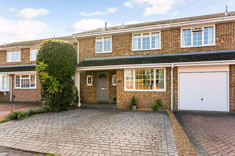 3 Bedrooms Terraced House for sale in Beverley Gardens, Maidenhead