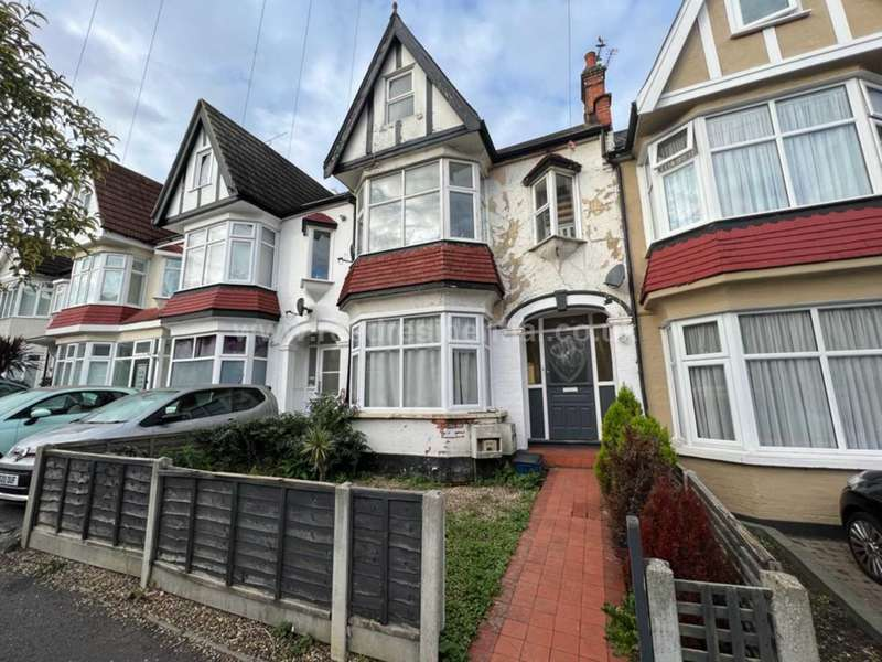 2 Bedrooms Flat for rent in Leighton Ave, Leigh On Sea