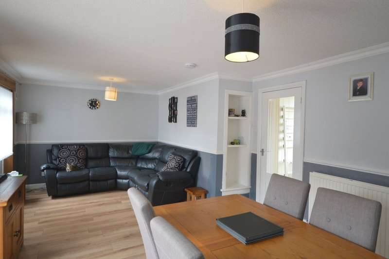 3 Bedrooms End Of Terrace House for sale in Dunbeath Drive, Glenrothes, Fife, KY7