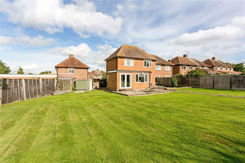 5 Bedrooms Semi Detached House for sale in Keepers Farm Close, Windsor, SL4