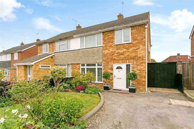3 Bedrooms Semi Detached House for sale in Priors Road, Windsor, Berkshire, SL4