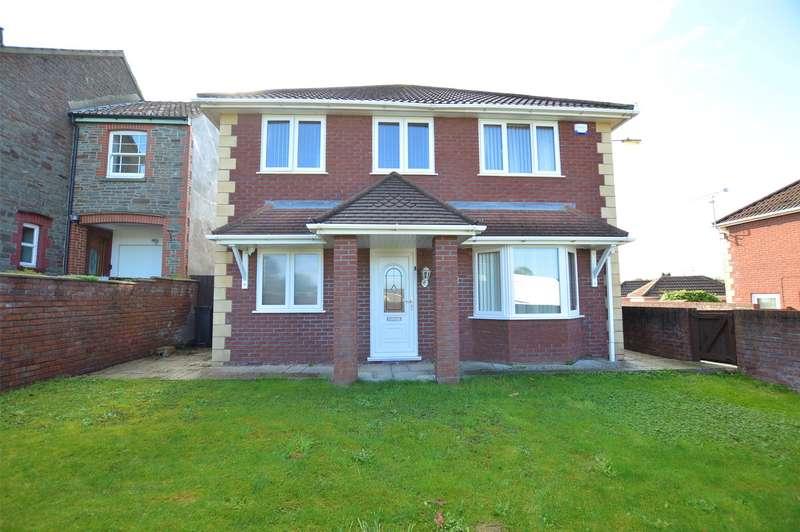 4 Bedrooms Detached House for sale in Walnut Close, Coalpit Heath Bristol, BS36