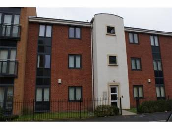 2 Bedrooms Flat for sale in Cascade Road, Hunts Cross, Liverpool, L24