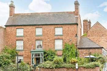 8 Bedrooms House for sale in The Square, BROSELEY