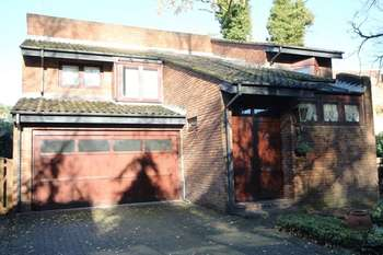 5 Bedrooms Detached House for sale in Laurimel Close, Stanmore,
