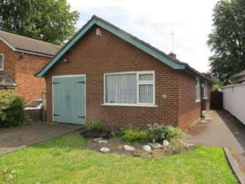 3 Bedrooms Detached Bungalow for sale in 88 LAWNSWOOD AVENUE, SOLIHULL, WEST MIDLANDS, B90 3QU. 3 BED DETACHED BUNGALOW. 250,000