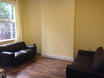 5 Bedrooms House Share for rent in Kenmare Road, Liverpool