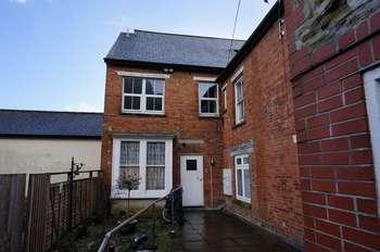 1 Bedroom Flat for sale in Castle Dyke, Launceston