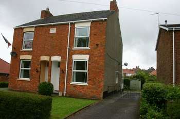 2 Bedrooms Semi Detached House for sale in South Dale, Caistor