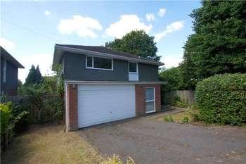 1 Bedroom House Share for rent in Heatherley Road, Camberley, Surrey, GU15