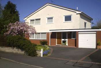 4 Bedrooms House for sale in Alyn Drive, Rossett, Wrexham