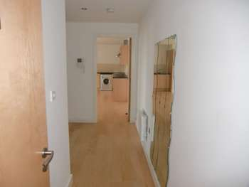 2 Bedrooms Apartment Flat for sale in 2 Bed City Centre Apartment For Sale