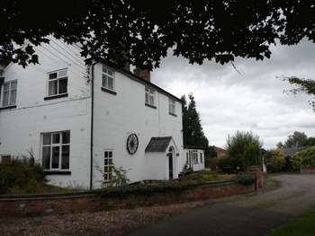 3 Bedrooms Semi Detached House for sale in Broomlands Farm, Hatherton, Nantwich, Cheshire CW5 7PH