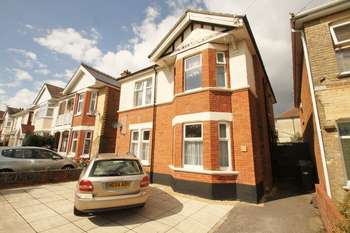 6 Bedrooms Detached House for rent in Maxwell Road, Bournemouth