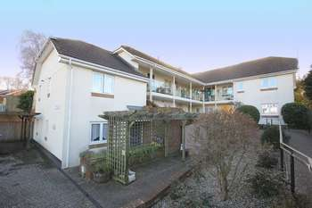 1 Bedroom Flat for sale in Butts Way, North Tawton